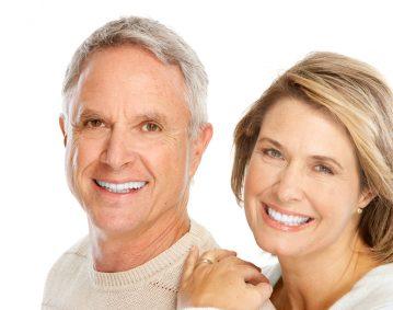 Prothèses dentaires – Dentiers-Clinique dentaire Famili-Dent à Granby, Plessisville et Sorel-Tracy